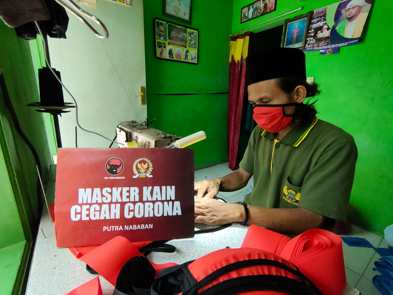 Gerakan Pemberdayaan UKM Jaktim Produksi Masker Kain untuk Warga