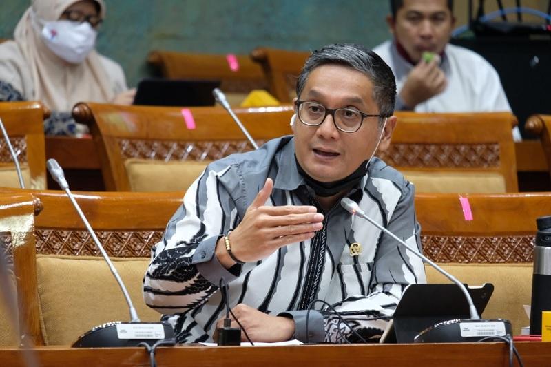 Menteri Diingatkan Bangkitkan Pariwisata Bersama Anak Muda